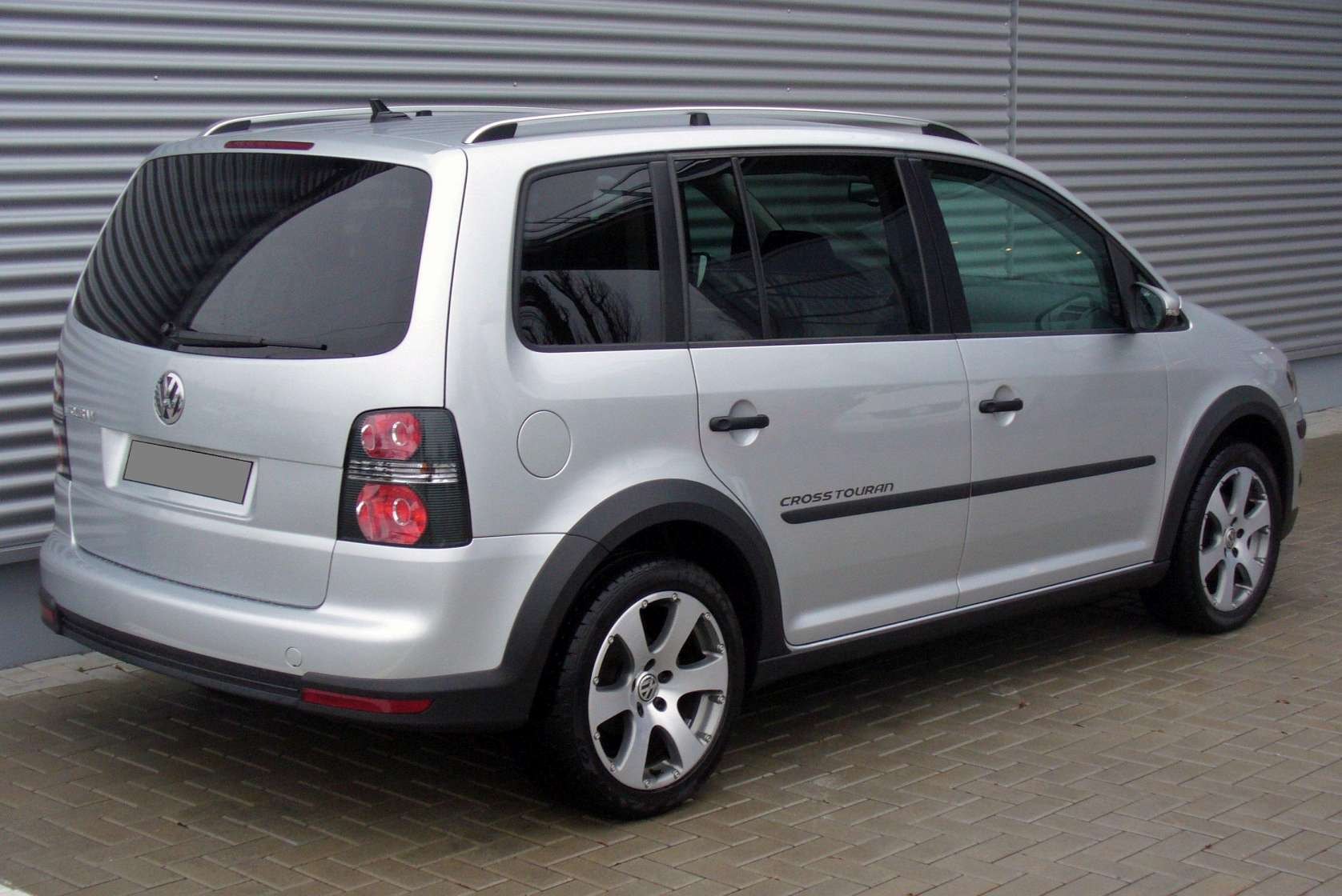Volkswagen Cross Touran 1T 1.Four TSI 140HP AT