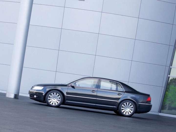Volkswagen Phaeton 6.0 W12 48V 420 HP