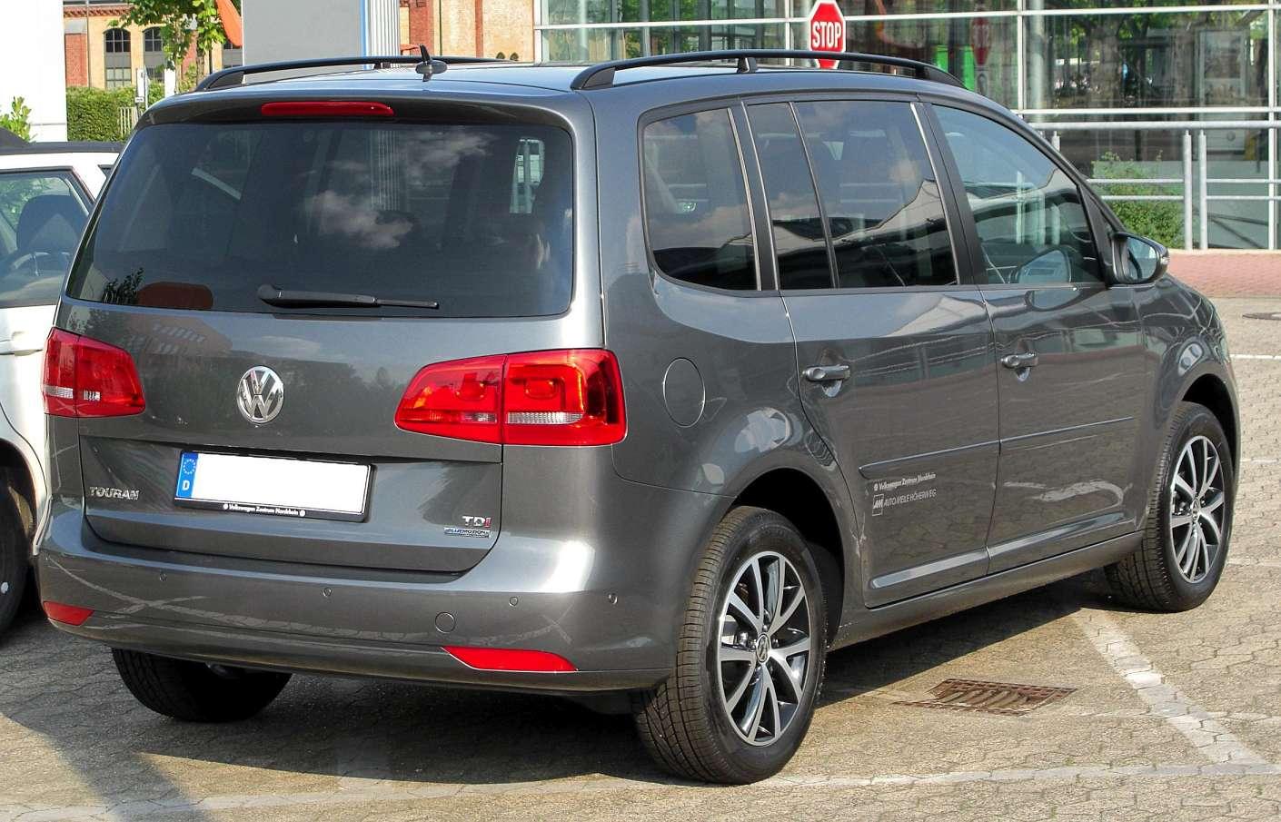 Volkswagen Touran II Cross 1.4 AT (140 HP)